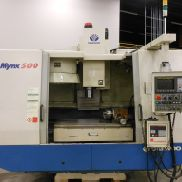 USED DAEWOO MYNX 500 CNC 4-AXIS VERTICAL MACHINING CENTER WITH FANUC 21M CONTROL, 40″ X 20″ X 22″
