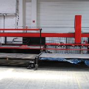 Manipulator Amada MP-300 für Alpha-Version