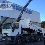 IVECO MH260E31 / TN. TIPPER WITH CRANE HIAB.