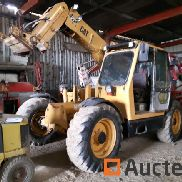 Caterpillar TH82 Telescopic Handler