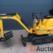 Mini excavator JCB 8008 - 900 kg with two buckets of 30 and 70 cm