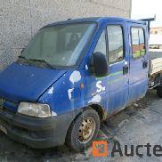 Double cabin Van with tray (2005 - 120.000 km)