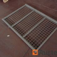 Mesh structure for metal racks