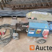 Triax C 30 Mobile electric shears