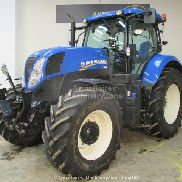New Holland T7,200