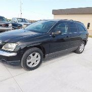 2004 Chrysler Pacifica Sport Utility Vehicle