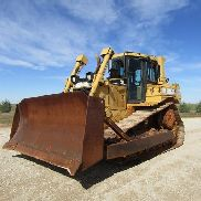 2001 Caterpillar D6R XL Enclosed Cab Dozer w/Winch