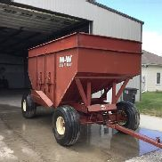 M&W 400 Grain Cart
