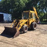 1972 Case 580B Loader Backhoe