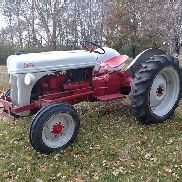 1950 Ford 8N con King Kutter Blade 2WD Tractor