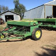 Brocas John Deere 8350 Grain w / Fertilizer & JD 2-Drill Hitch
