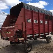 Gehl BU810 Front Unload Silage Wagon