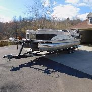 2010 Palm Beach 2486 Deluxe SE Tritoon Pontoon Boat w/Trailer
