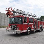 1997 Alexis Custom HMR Fire Truck w / 55 'Ladder & Water Way