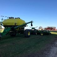 2006 John Deere 1910/1890 Air Seeder / Air Cart