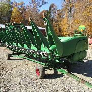 2013 John Deere 608C Corn Head
