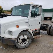 2003 Freightliner FL70 Fahrerhaus & Chassis
