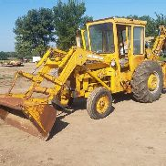 Massey-Ferguson 3165 Loader Backhoe