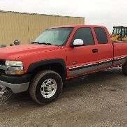 2001 Chevrolet 2500HD 4x4 Extended Cab Pickup