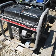 Briggs & Stratton Model 030545 3500 Watt Generator