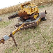 Davis Mfg M26 6001 Task Force 300 Tracked Trencher w/Trailer