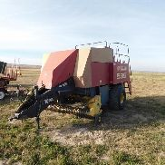 2000 New Holland 595 Big Square Baler