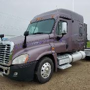 2009 Freightliner Cascadia T/A Truck Tractor
