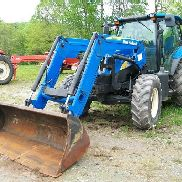 2008 New Holland T6030 Plus MFWD Traktor mit 840TL Lader