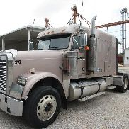 2007 Freightliner FLD120 Classic T/A Truck Tractor