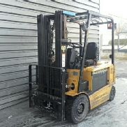 4 wheel forklift truck Caterpillar EP25K