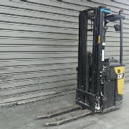 Stand-on stacker Caterpillar NSR20N