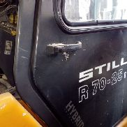 Still R70-25 // Forklift truck for the cut-off part carrier