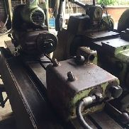 Cylindrical grinding machine TOS A-800