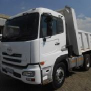 2011 NISSAN UD390 10 Cube Tipper