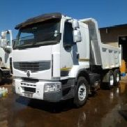 2011 Renault 440 with 10cube Tipper Truck