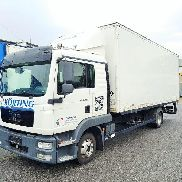 1 truck MAN TGL 8.220 4x2 BL (L-house) with 7.1 m container