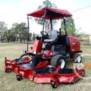 Toro Groundmaster 4100-D Wide Area mower