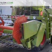 CLAAS Dominator 58 with straw chopper