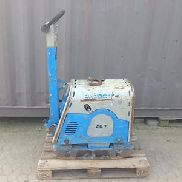 Vibration plate Weber CR 7311 St Construction and civil engineering Road construction Wacker compressor