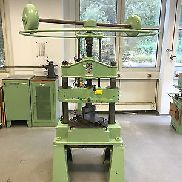 Screw Press Column Press AGEO 28/510 28 tons. Workshop press with accessories