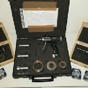 Digital three-point internal micrometer by BOWERS in set