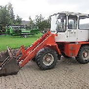 Schaeff wheel loaders, SKB 900 Hoflader with pallet forks, Backhoe