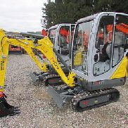 Mini digger Neuson 1404 Year 2016 Edition A 1.0 telescopic undercarriage and long stem