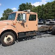 1998 International 4700 Crew Cab 7.3 Diesel 6 + 1 transmisión manual