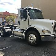 Freightliner Bussiness Class M2 112 Daycab 2005