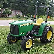 VERY NICE JOHN DEERE 3032E 4X4 TRACTOR ONLY 78 HOURS