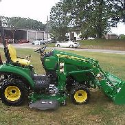 VERY NICE JOHN DEERE 1023E 4 X 4 LOADER TRACTOR ONLY 79 HOURS