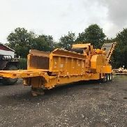 2004 Bandit 4680 Beast Recycler Towable Horizontal Grinder Wood Chipper Forestry