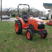 UNUSED 2014 KUBOTA L 3200 2WD DIESEL TRACTOR ONLY 3 HOURS