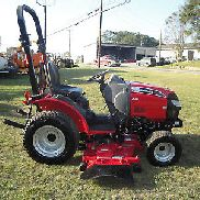 VERY NICE MAHINDRA Max 25 4 X 4 TRACTOR ONLY 206 HOURS